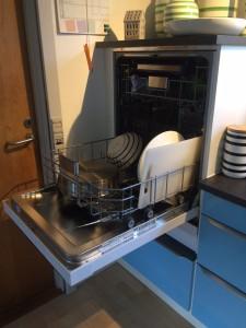 hjindret-haevet-opvaskemaskine-02